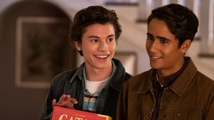 """Ungeeignet für Disney+? Erster Trailer zum """"Love, Simon""""-Spin-off """"Love, Victor"""""""