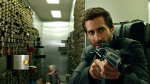 """Der neue Action-Thriller von Michael Bay: Im Trailer zu """"Ambulance"""" gerät ein Banküberfall komplett außer Kontrolle"""