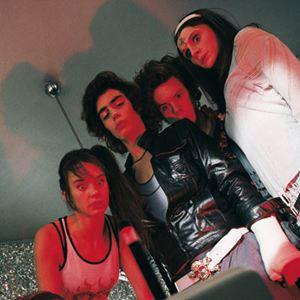 Bild Anaïs Demoustier, Baptiste Caillaud, Jennifer Decker, Judith Chemla, Vladimir Consigny