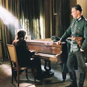 Der Pianist : Bild Adrien Brody, Thomas Kretschmann