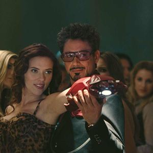 Iron Man 2 : Bild Robert Downey Jr., Scarlett Johansson