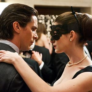 The Dark Knight Rises : Bild Anne Hathaway, Christian Bale