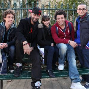 Bild Gaël Cottat, Kev Adams, Laouni Mouhid, Syrielle Mejias, William Lebghil