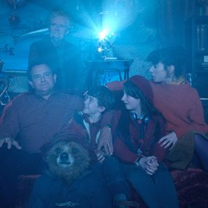 Paddington : Bild Hugh Bonneville, Jim Broadbent, Madeleine Harris, Sally Hawkins, Samuel Joslin