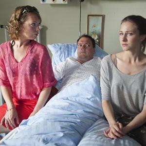 Vorsicht vor Leuten : Bild Charly Hübner, Lina Beckmann, Natalia Belitski