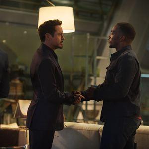 Avengers 2: Age Of Ultron : Bild Anthony Mackie, Robert Downey Jr.