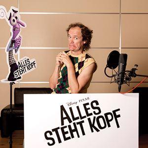 Alles steht Kopf : Vignette (magazine) Olaf Schubert