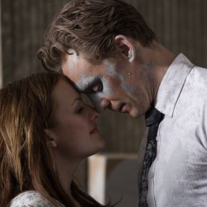 High-Rise : Bild Elisabeth Moss, Tom Hiddleston
