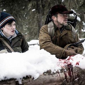 Walking Out : Bild Josh Wiggins, Matt Bomer