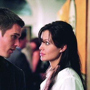 Taking Lives - Für Dein Leben würde er töten : Bild Angelina Jolie, Ethan Hawke