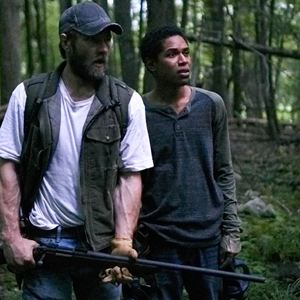 It Comes At Night : Bild Joel Edgerton, Kelvin Harrison Jr.