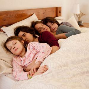 Rara - Meine Eltern sind irgendwie anders : Bild Agustina Muñoz, Emilia Ossandon, Julia Lübbert, Mariana Loyola