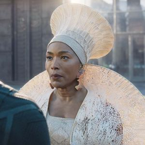 Black Panther : Bild Angela Bassett