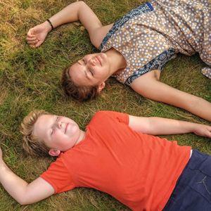 Der Junge muss an die frische Luft : Bild Julius Weckauf, Luise Heyer