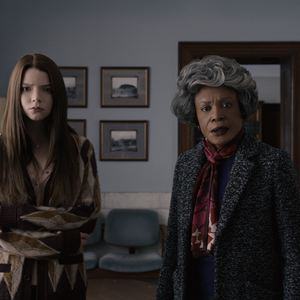 Glass : Bild Anya Taylor-Joy, Charlayne Woodard