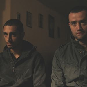 Shifty : Bild Daniel Mays, Riz Ahmed