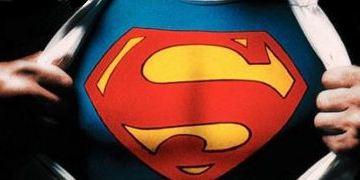 """Zack Snyder inszeniert """"Superman"""" für Christopher Nolan"""