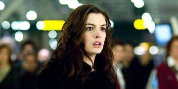 """Hathaway in """"The Silver...""""; als """"Barbarella"""" im Gespräch"""