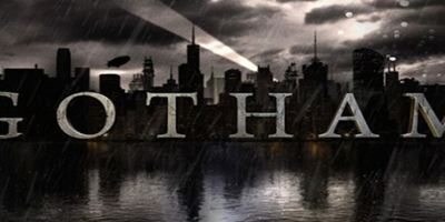 """Batmans Butler: Erstes Bild von Sean Pertwee als Alfred Pennyworth in der kommenden FOX-Serie """"Gotham"""""""