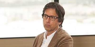 Comedy-Star Ray Romano übernimmt Rolle in Rock'n'Roll-Drama-Serie von HBO, Martin Scorsese und Mick Jagger