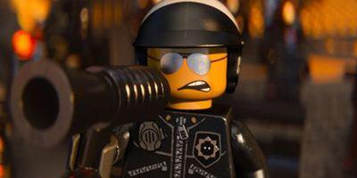 """Großartiges Video: Ein Produzent will uns den kommenden """"LEGO""""-Film """"Ninjago"""" schmackhaft machen"""