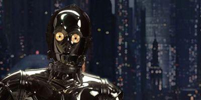 """C-3PO als Batman – Bad Robot twittert Reaktion auf Zack Snyders """"Star Wars""""-Bilder"""