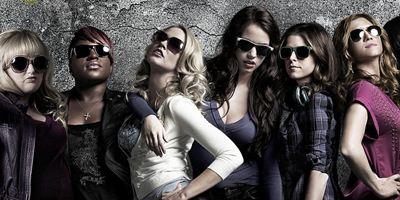"""Neue Bilder zu """"Pitch Perfect 2"""" mit Anna Kendrick, Rebel Wilson und Brittany Snow"""