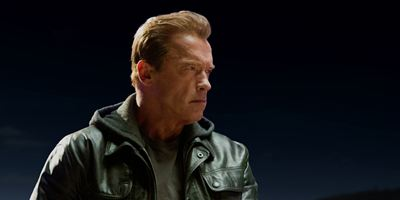 """He's back"": Arnold Schwarzenegger auf neuem Poster zu ""Terminator: Genisys"""
