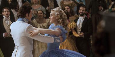 """Disney bringt """"Cinderella"""" im IMAX-Format ins Kino + neuer deutscher Trailer zur Märchenverfilmung mit Lily James und Richard Madden"""