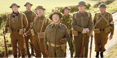 """""""Dad's Army"""": Erster Trailer zur britischen Komödie mit Bill Nighy und Catherine Zeta Jones"""
