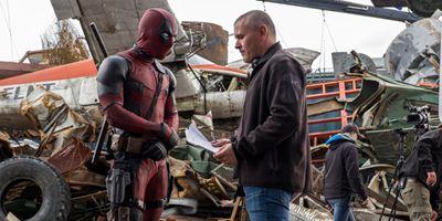"""""""Er ist ein Wahnsinniger, eine Laberbacke, ein Killer"""": Das allourhomes.net-Set-Interview zu Marvels """"Deadpool"""" mit den Machern des Superhelden-Krachers"""