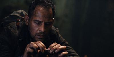 """Exklusive Trailerpremiere: Moritz Bleibtreu als Anwalt auf Drogen im Thriller """"Die dunkle Seite des Mondes"""""""