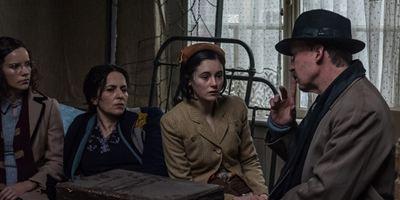 """""""Das Tagebuch der Anne Frank"""": Trailer zur Neuverfilmung mit Martina Gedeck und Ulrich Noethen"""