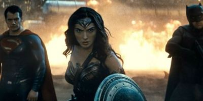 """Box Office: """"Batman V Superman"""" spielt weltweit bisher 700 Millionen Dollar ein"""