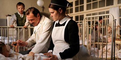 """""""Nebel im August"""": Erster Trailer zur Romanverfilmung mit """"Bridge Of Spies""""-Schauspieler Sebastian Koch"""