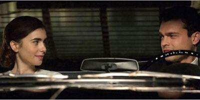 """""""Regeln spielen keine Rolle"""": Lily Collins singt im Musik-Trailer für Alden Ehrenreich"""