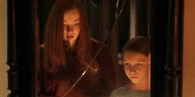 """Wenn du sie dreimal rufst, kommt sie dich holen: Erster deutscher Trailer zum Horrorfilm """"Der Fluch der Hexe - Queen Of Spades"""""""