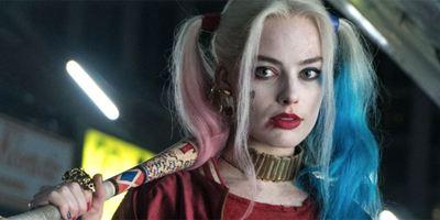 """Es geht auch ohne Joker: Margot Robbies Comiclektüre suggeriert unabhängige Harley Quinn in """"Gotham City Sirens"""""""