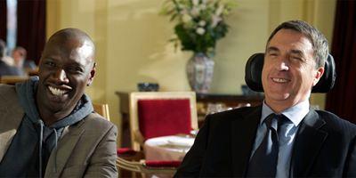 """""""Ziemlich beste Freunde"""": Kevin Hart und Bryan Cranston auf dem ersten Bild zum US-Remake"""