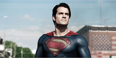 "Superman trifft Green Lantern in ""Man Of Steel 2""? Henry Cavill teasert Heldenzusammenkunft"