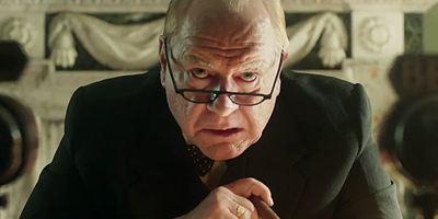 """Konkurrenz zu Gary Oldman: """"X-Men""""-Bösewicht Brian Cox ist """"Churchill"""" im ersten Trailer zum Biopic"""