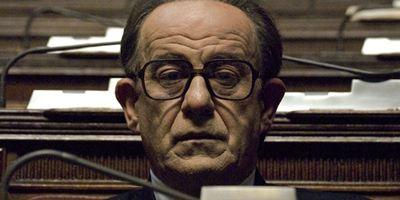 """""""Loro"""": Biopic über Silvio Berlusconi kommt doch – von Paolo Sorrentino und mit Toni Servillo"""