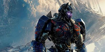 """Transformers 5: The Last Knight"": Mega-Action im neuen deutschen Trailer zum Robo-Kracher"