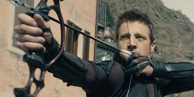 """Tag"": ""Hawkeye""-Darsteller Jeremy Renner brach sich beide Arme"
