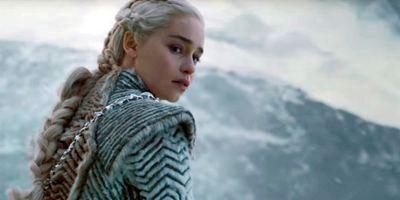 """Diese Botschaften verstecken sich im neuen """"Game Of Thrones""""-Outfit von Daenerys"""