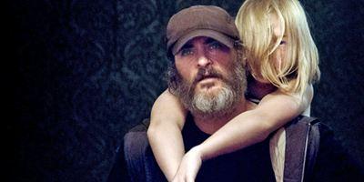 "Joaquin Phoenix hämmert sich durch den ersten Trailer zum blutigen Cannes-Preisträger ""You Were Never Really Here"""