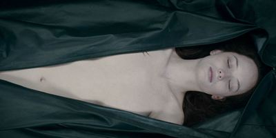 """The Autopsy Of Jane Doe"": Deutscher Trailer zum unheimlichen Obduktions-Horror"