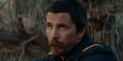 """""""Hostiles"""": Erster Trailer zum Neo-Western mit Christian Bale im Überlebenskampf"""