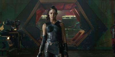"""Thor 3""-Valkyrie Tessa Thompson und Marvel-Kolleginnen fordern ""Avengers""-Film mit HeldINNEN"