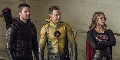 """Noch mehr Nazis und Hitler im neuen Trailer zum großen Crossover der DC-TV-Serien """"Arrow"""", """"The Flash"""" und Co."""